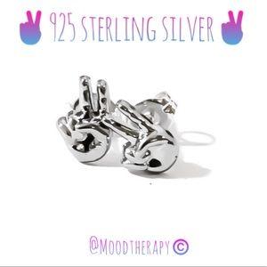 ✌🏻peace sign stud earrings 925 SS
